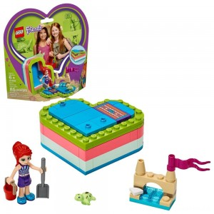LEGO Friends Mia's Summer Heart Box 41388 Building Kit with Turtle Figure and Mia Mini Doll 85pc